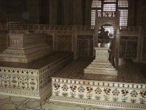 Persian_prince_tomb_taj_mahal