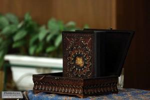 اهداي+قران+دست+نويس+دانشجويان+گلپايگاني+به+موزه+آستان+قدس+رضوي+(10)